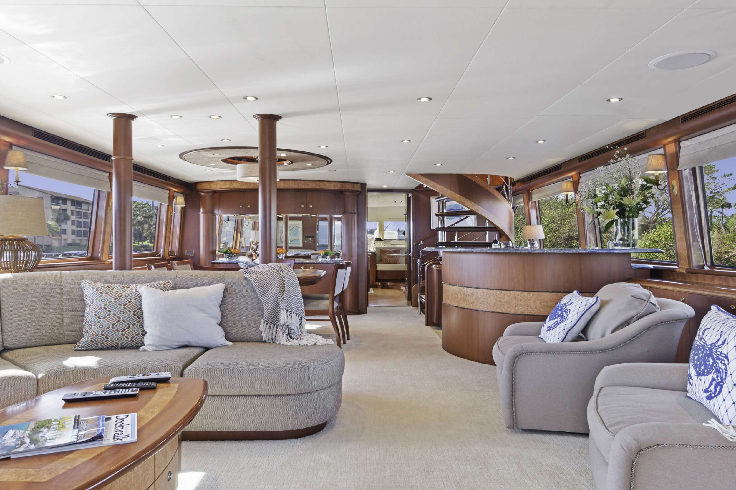 motor yacht WINDWARD