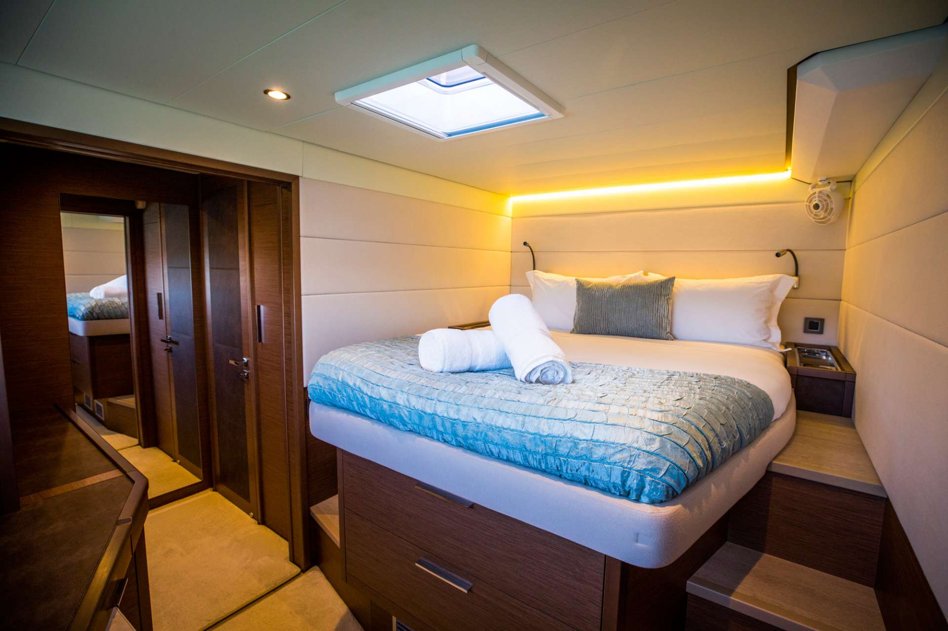 Guest Double Cabin
