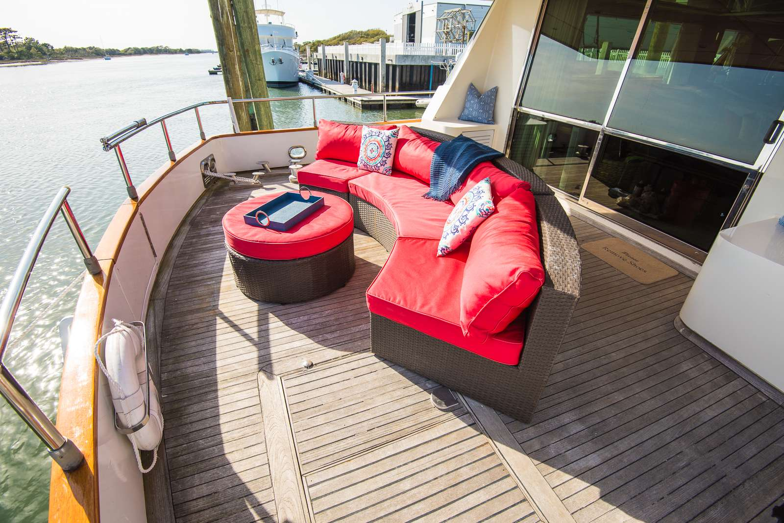 motor yacht EVEREST