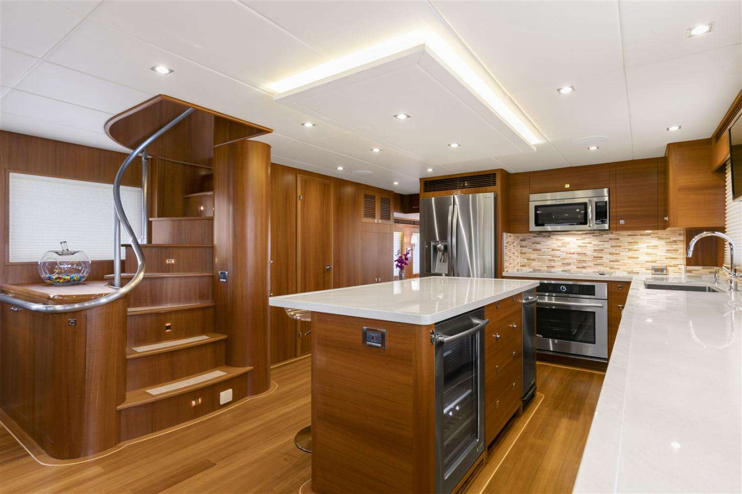 Spacious Well Equipped Galley