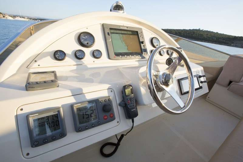 Wheelhouse Flybridge