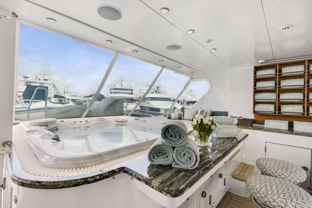 motor yacht SERQUE