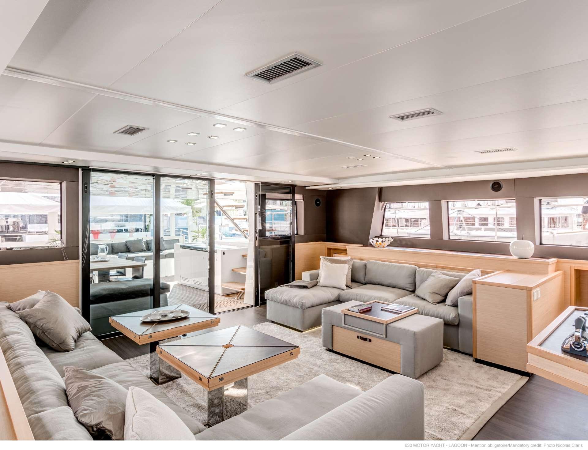 Catamaran Charter Playtime 630