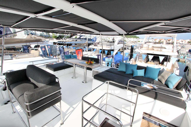 Catamaran Charter Ellen Sophia