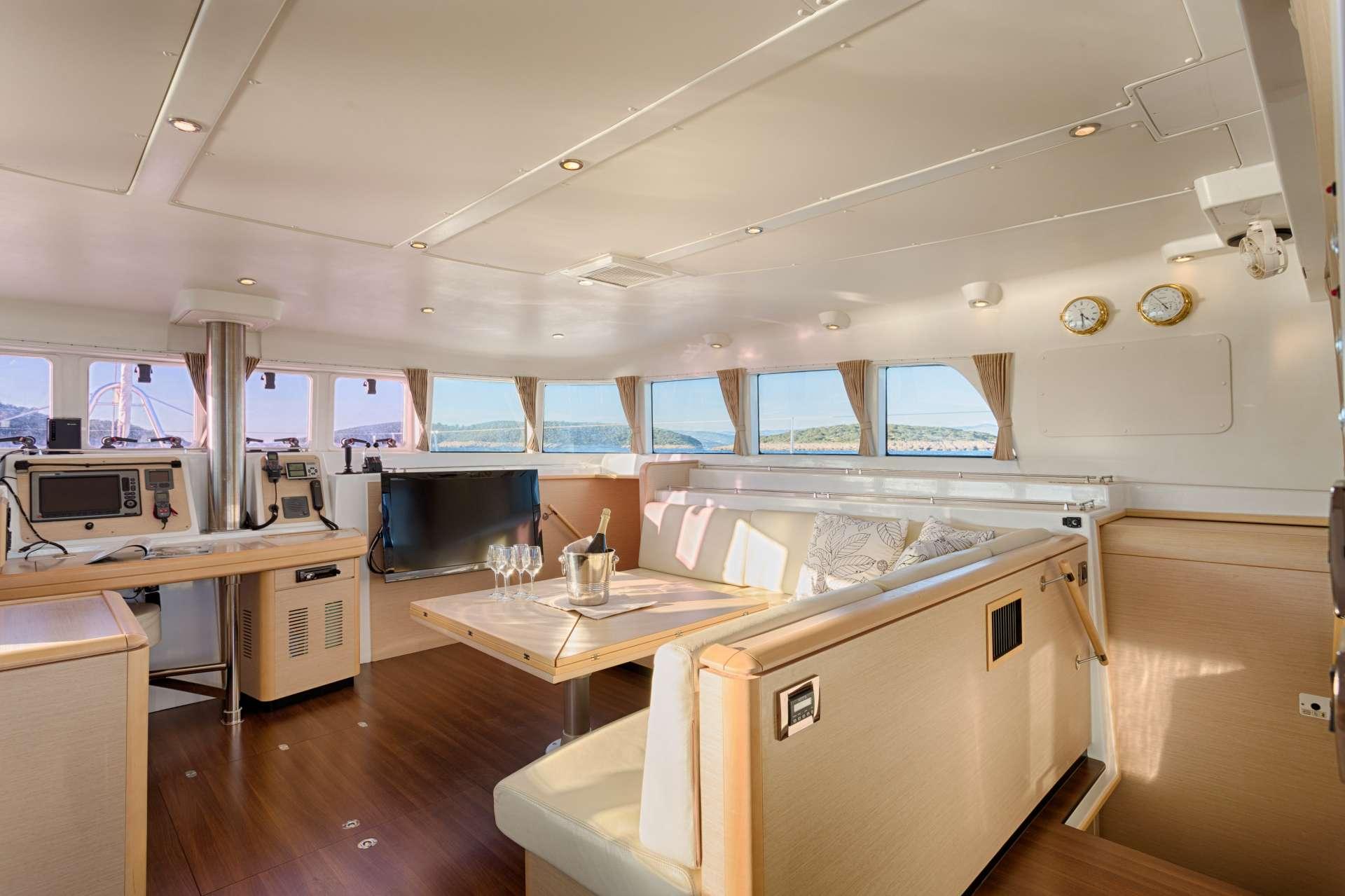 Sailing Yacht Bossa Nova