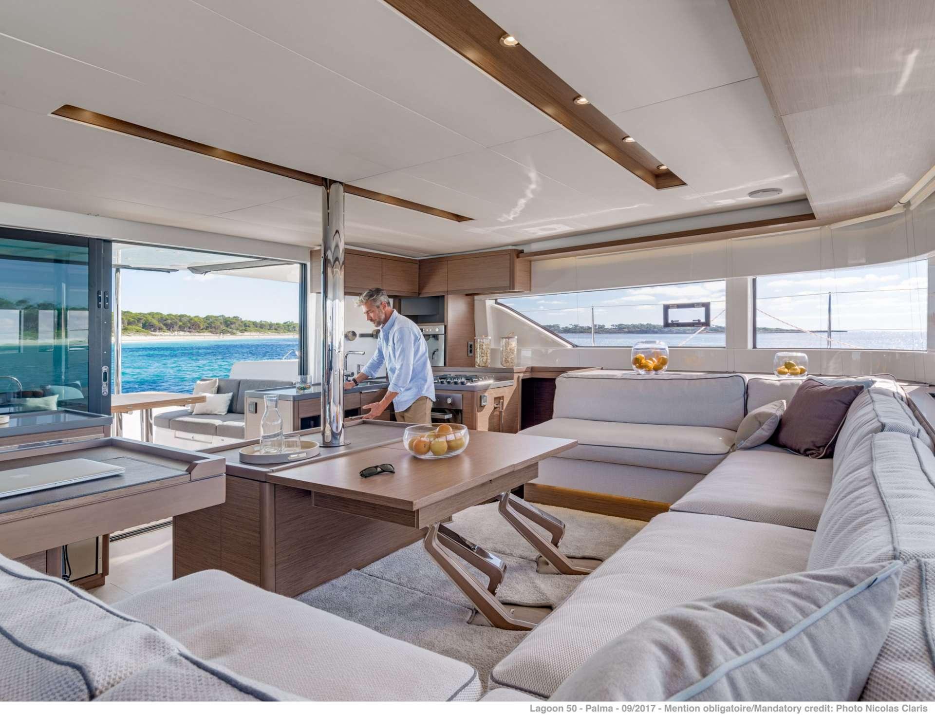 Yacht charter Happy Feet