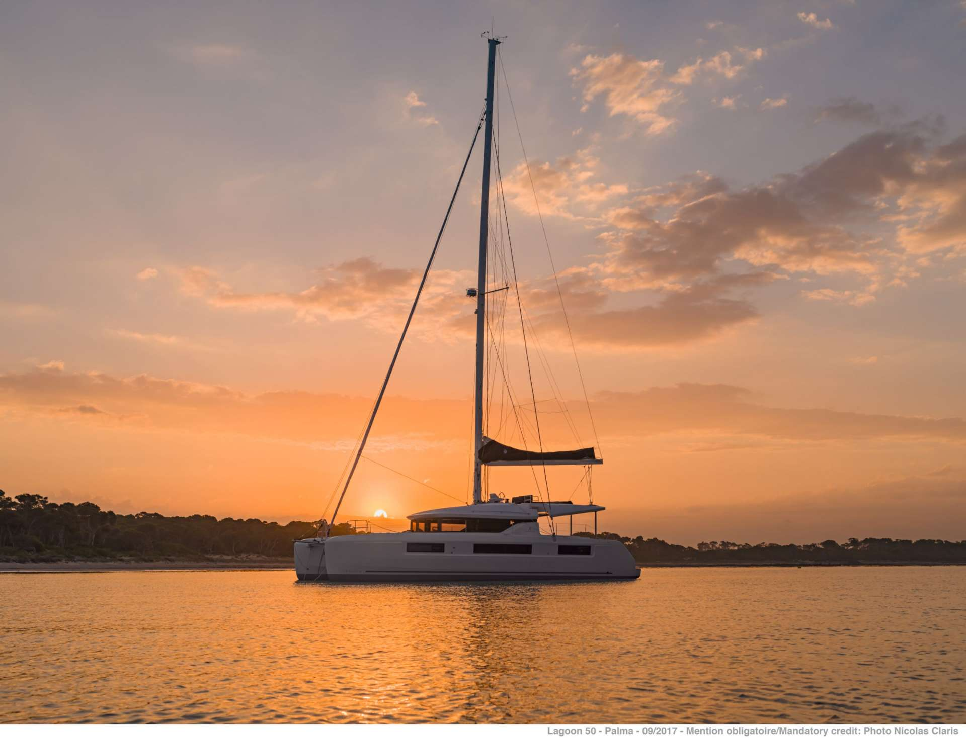 Sailing Yacht Happy Feet