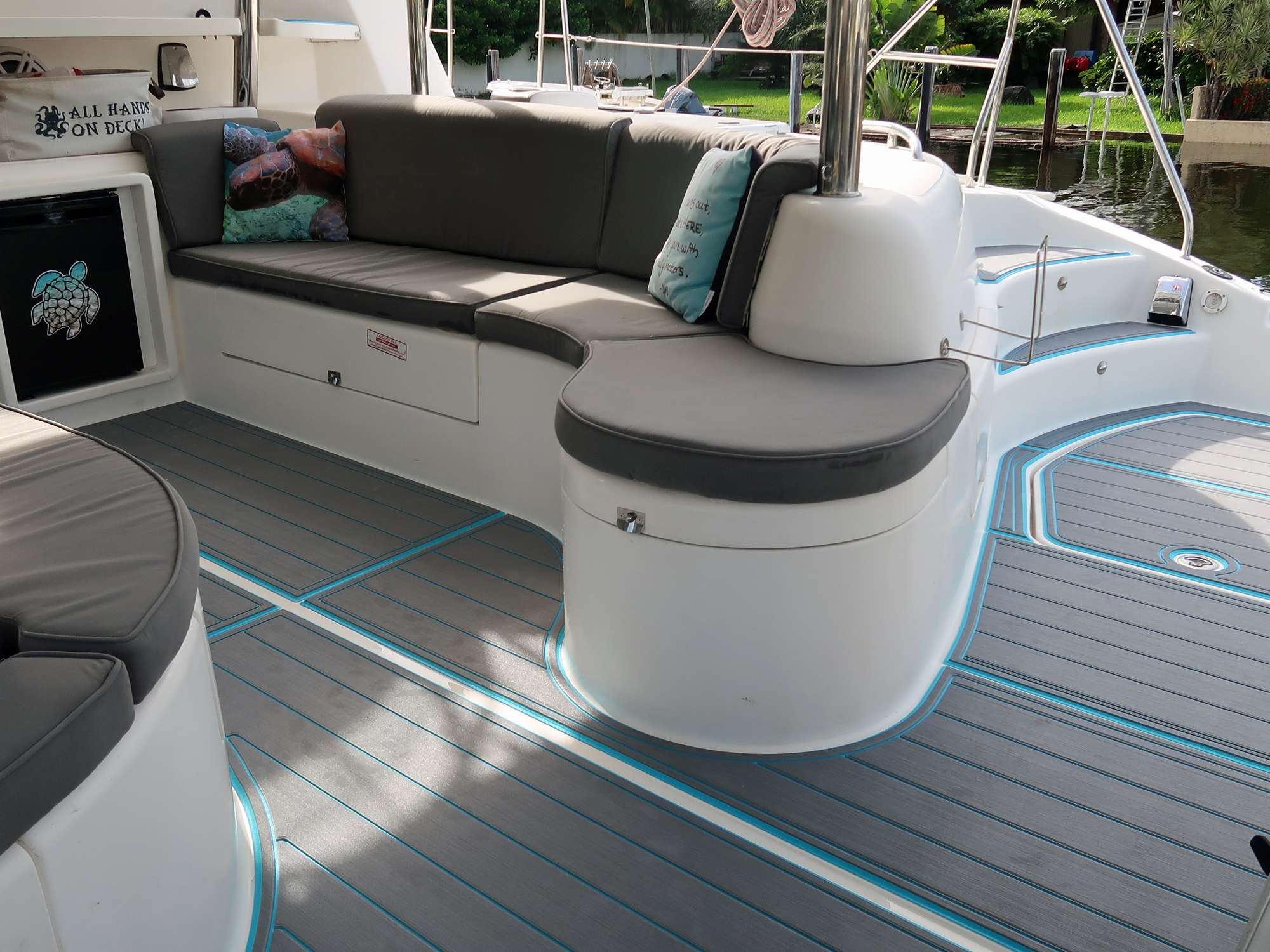 Foredeck space