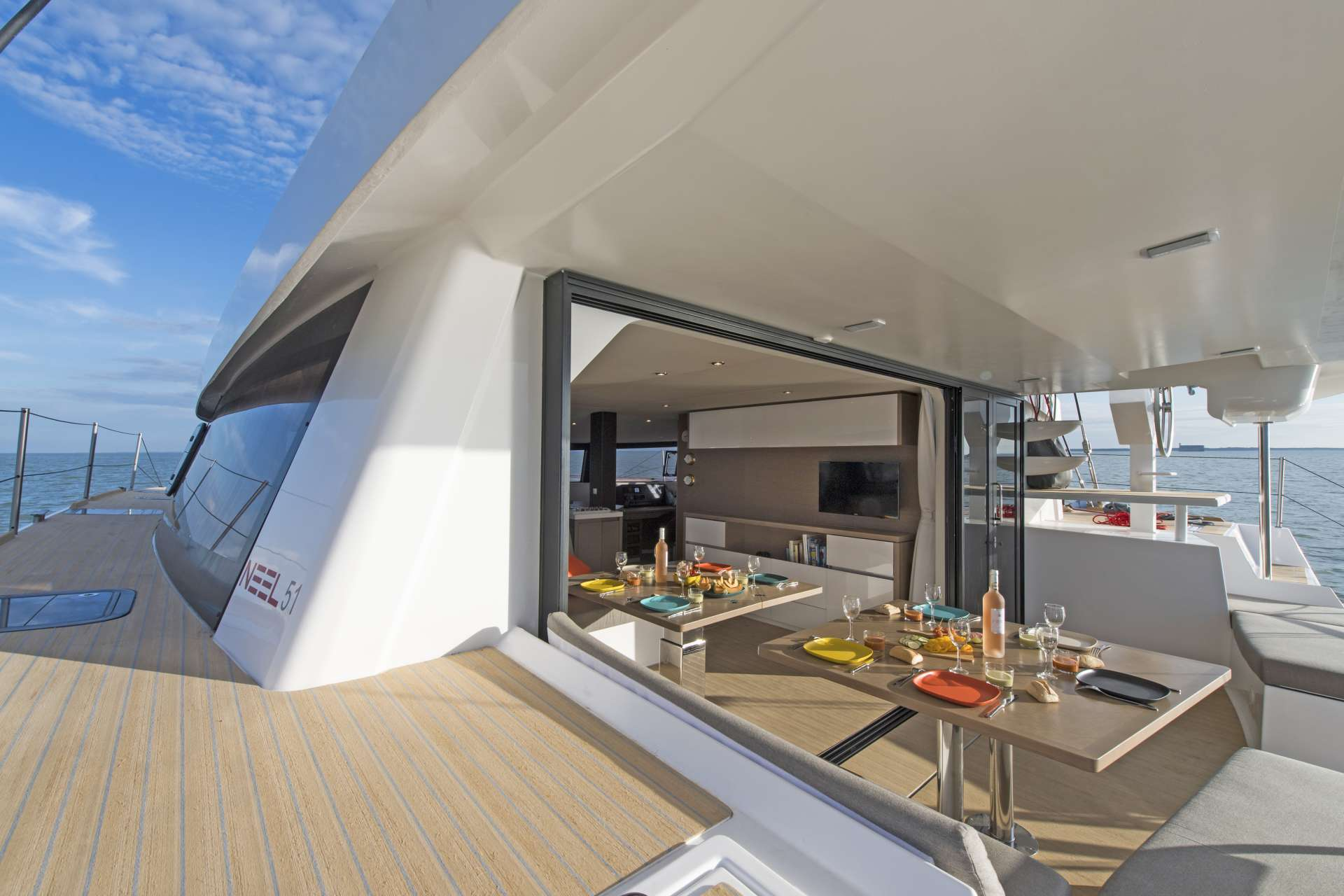 Fantastic Exterior Dining Experience