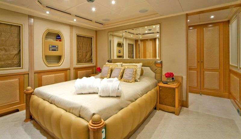 motor yacht SENSATION