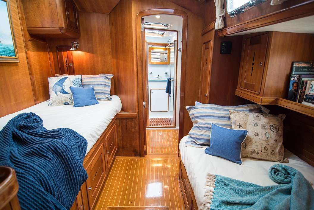 Guest Cabin Port