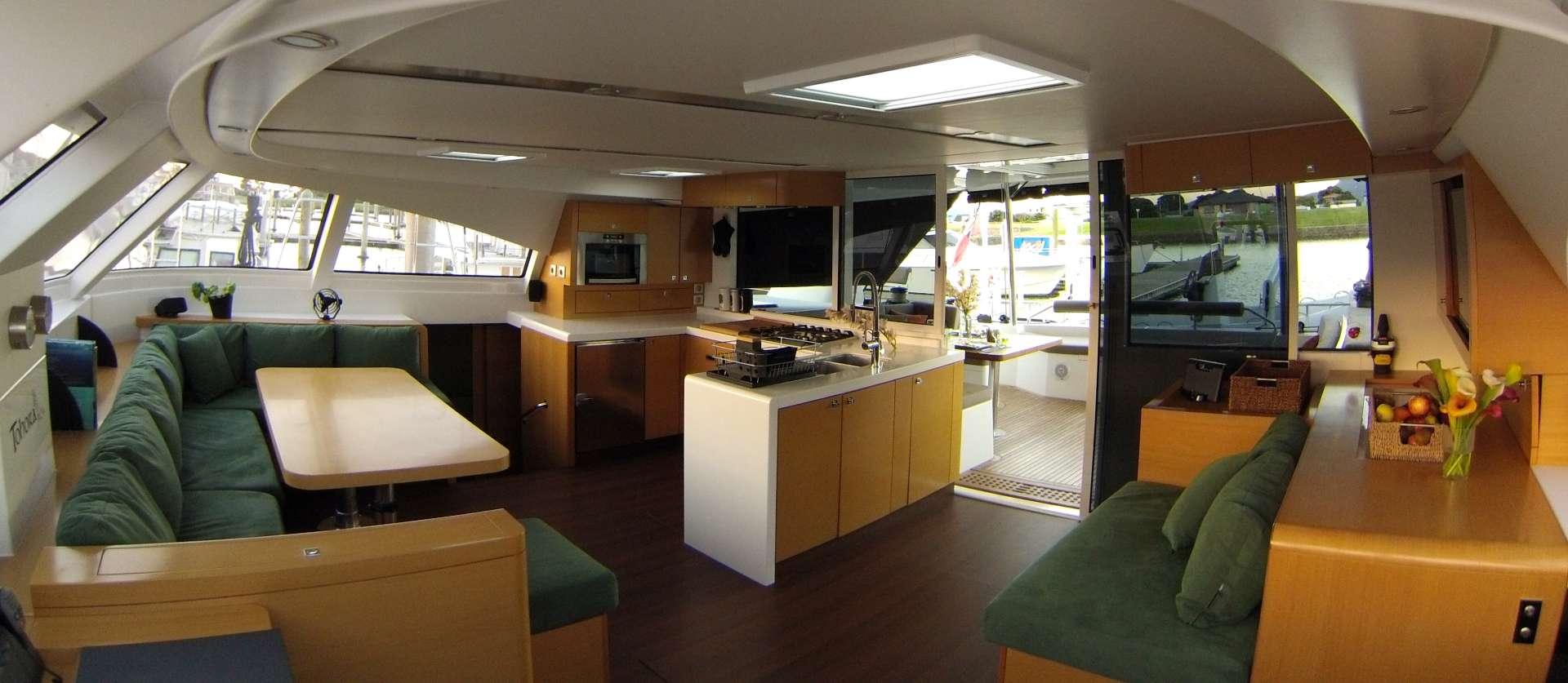 Catamaran Charter Tohora