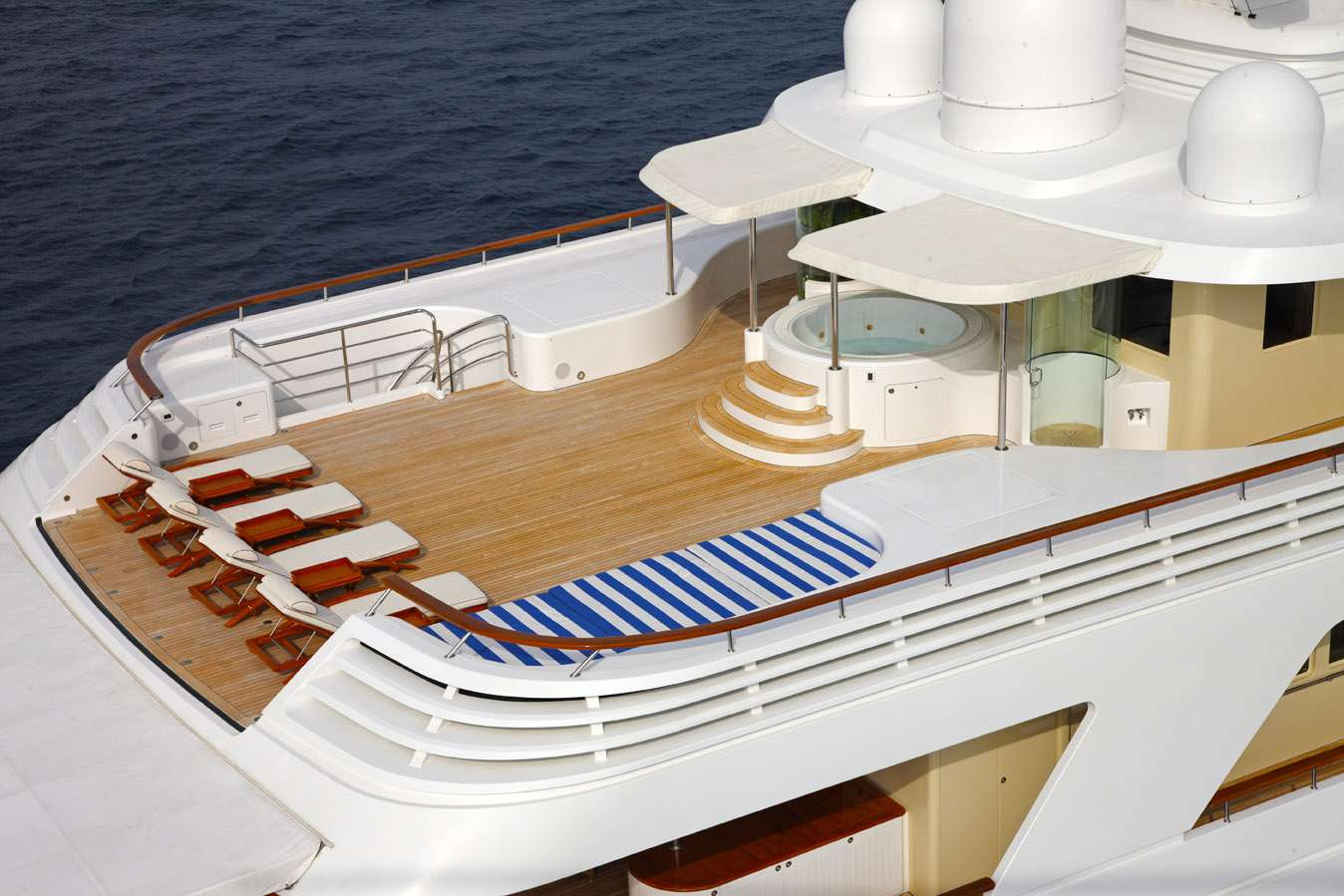 motor yacht LAUREL