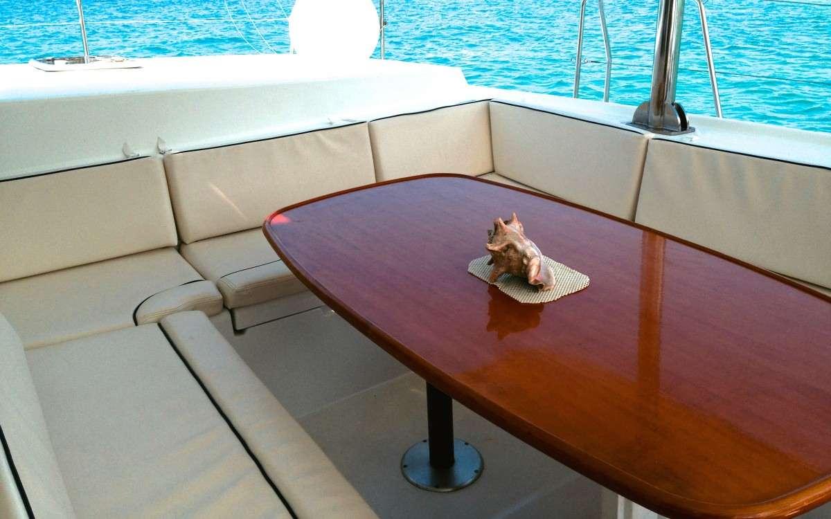 Sailing Yacht Island Girl