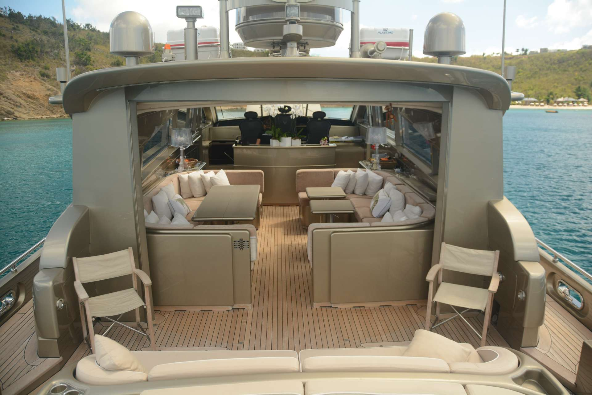 motor yacht TENDER TO