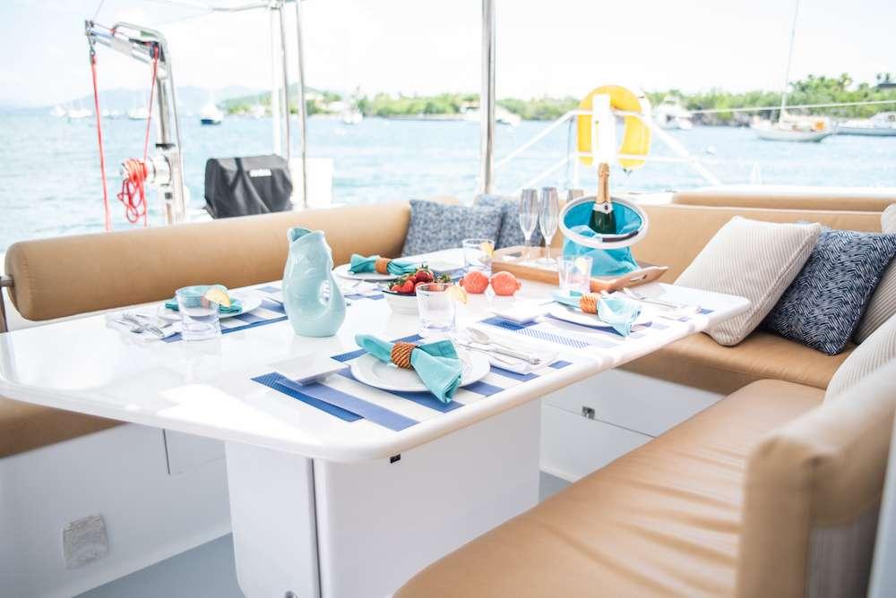 Yacht charter Silver Girl