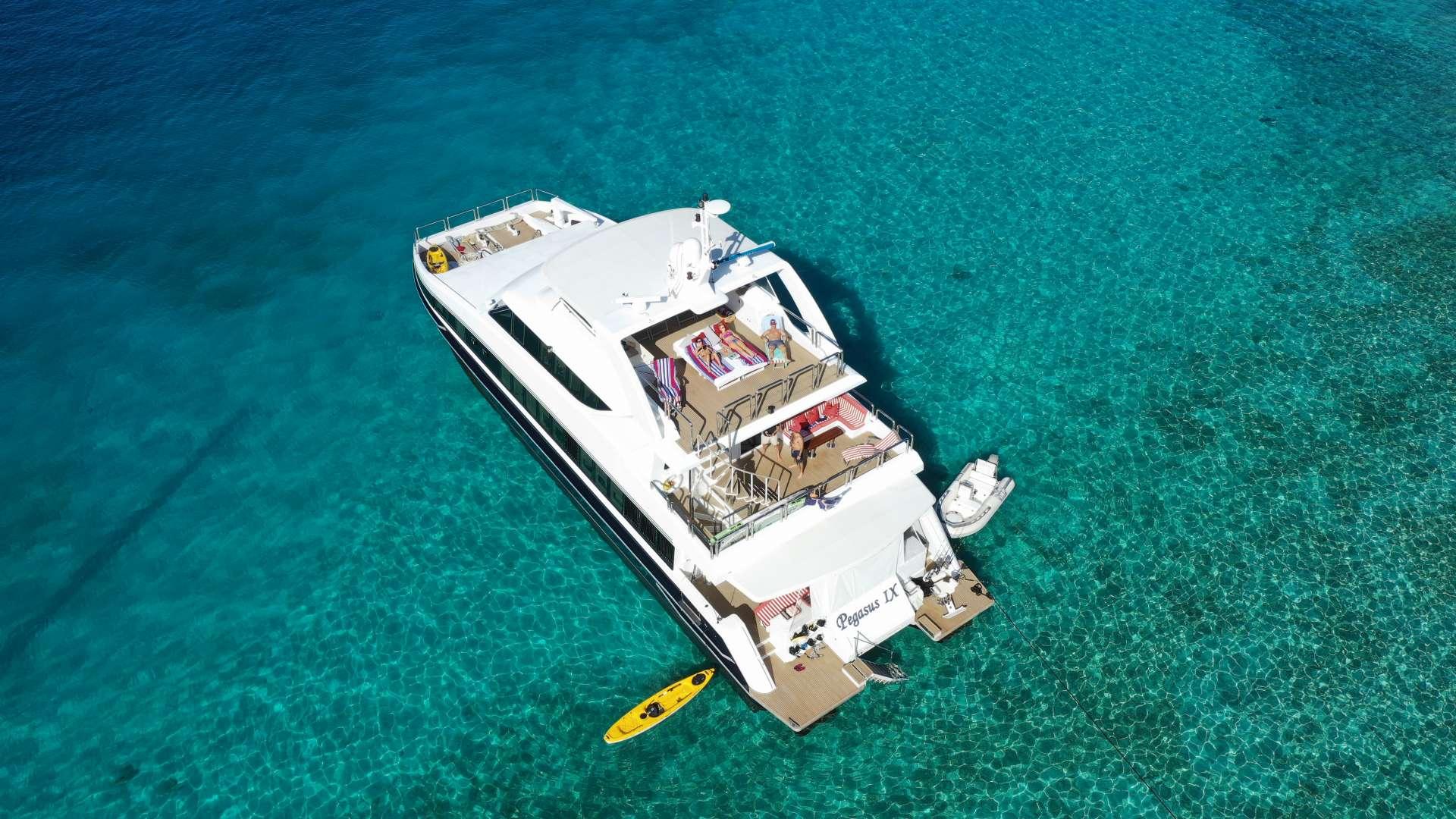 Catamaran Charter Pegasus Ix