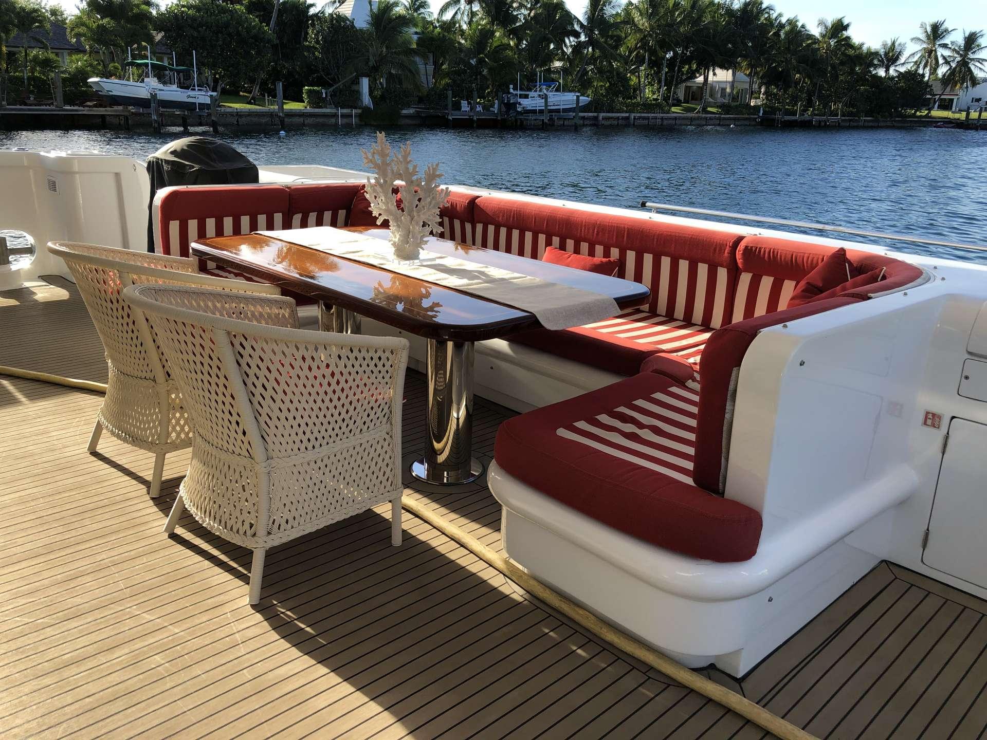Cockpit dining area