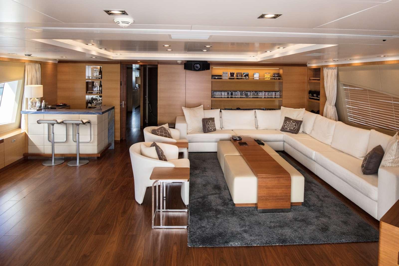 motor yacht AFRICA I