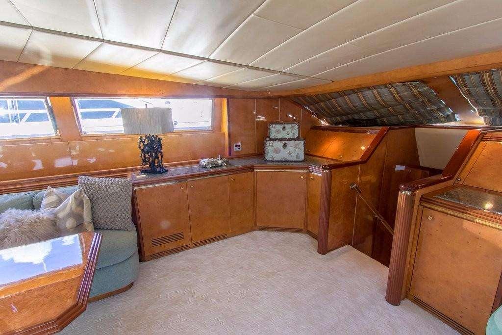 motor yacht ALCHEMIST