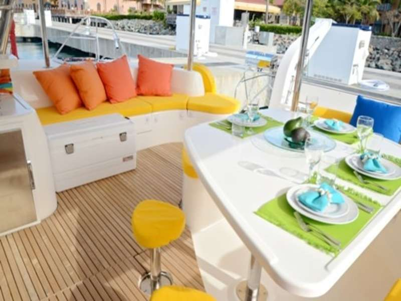 Sailing Yacht Mary