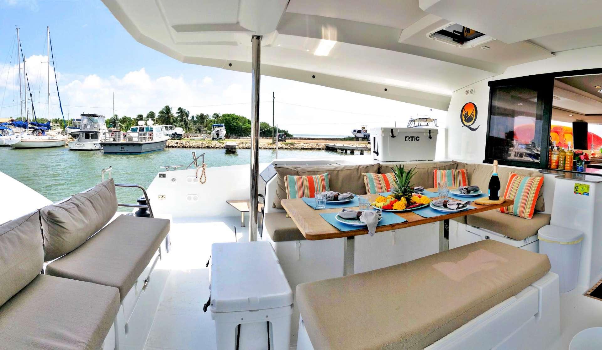 Catamaran Charter Tranquilo