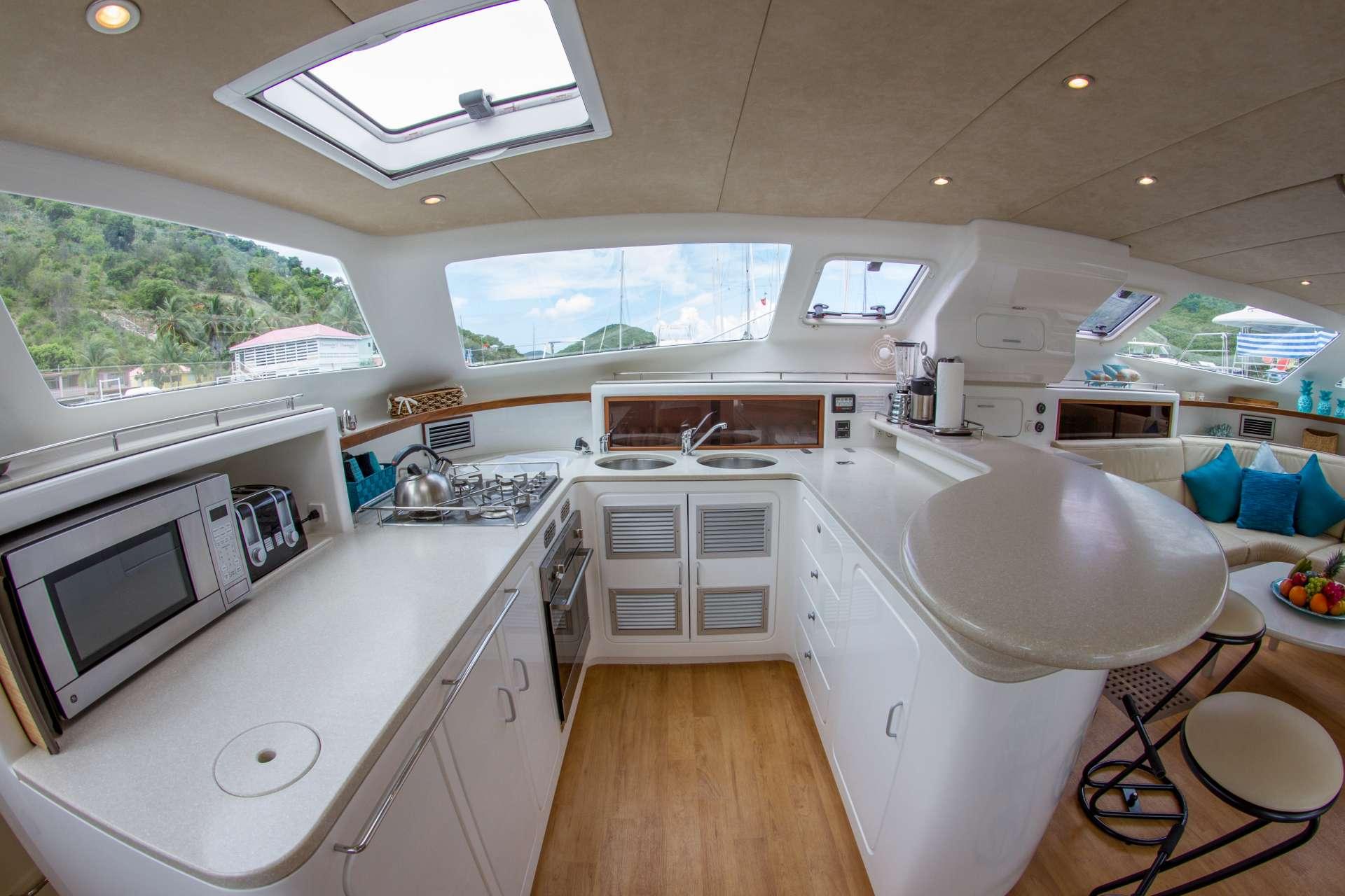 Sailing Yacht Voyage 520