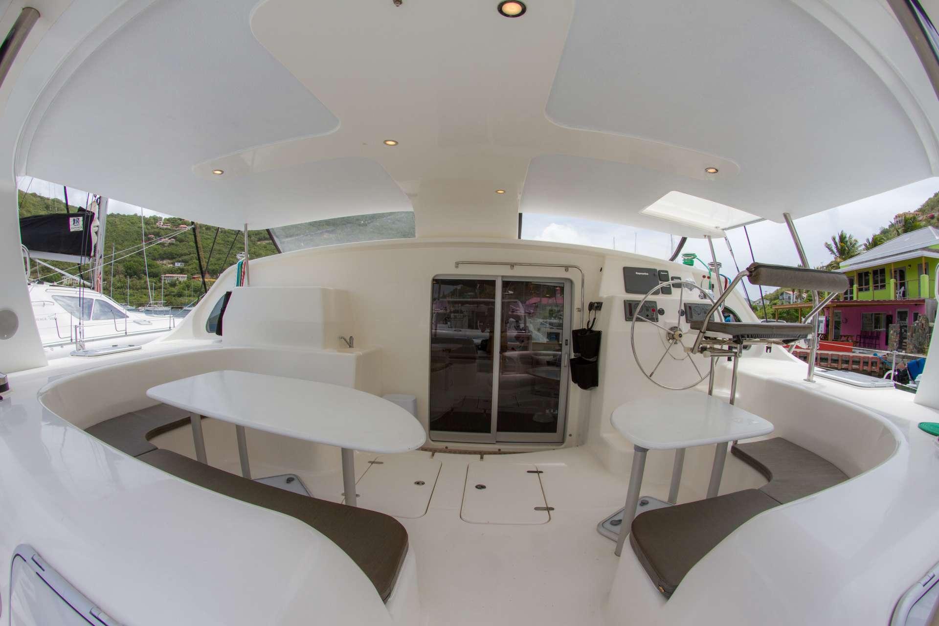 Sailing Yacht Voyage 580