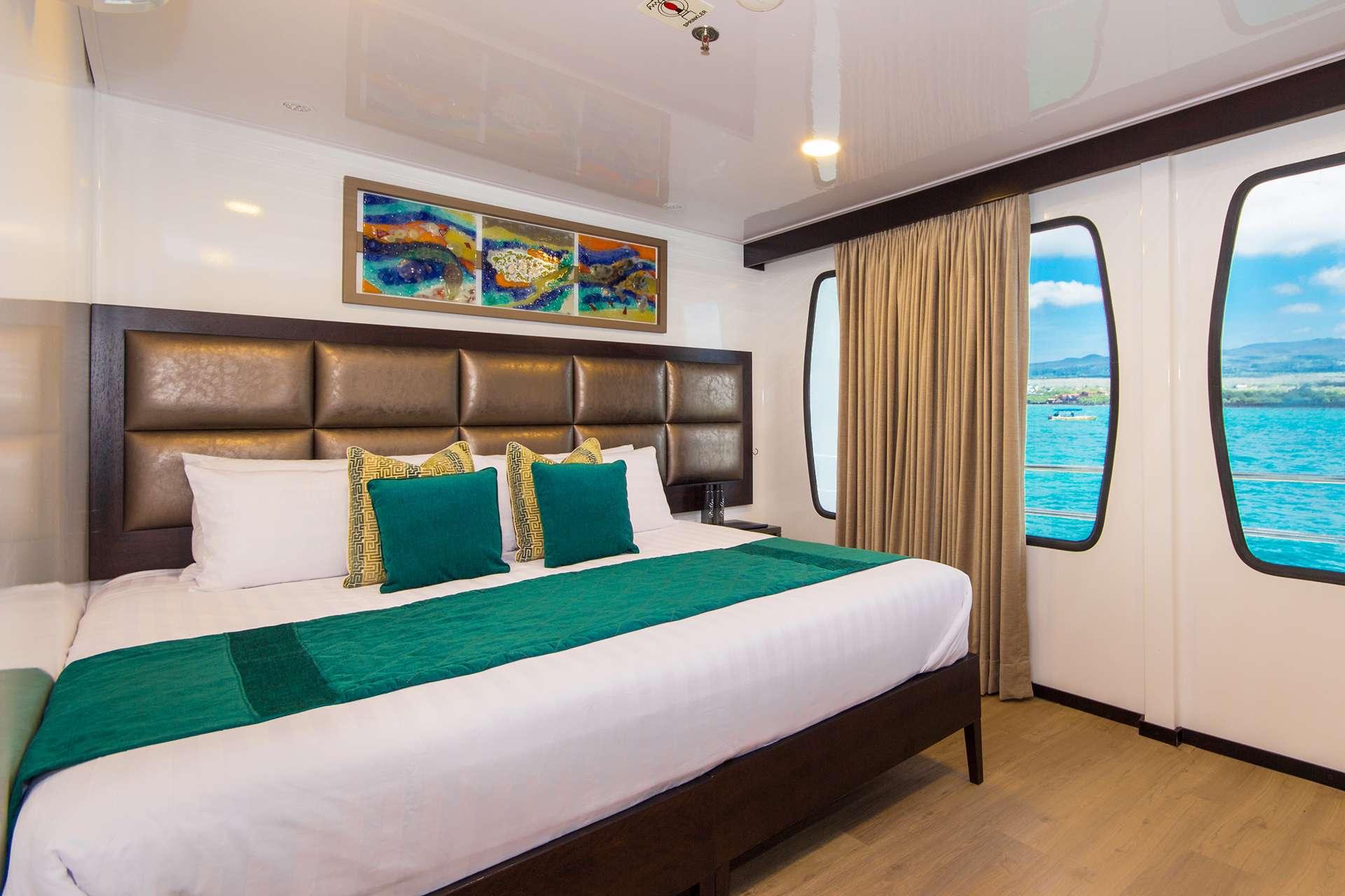 Catamaran Alya