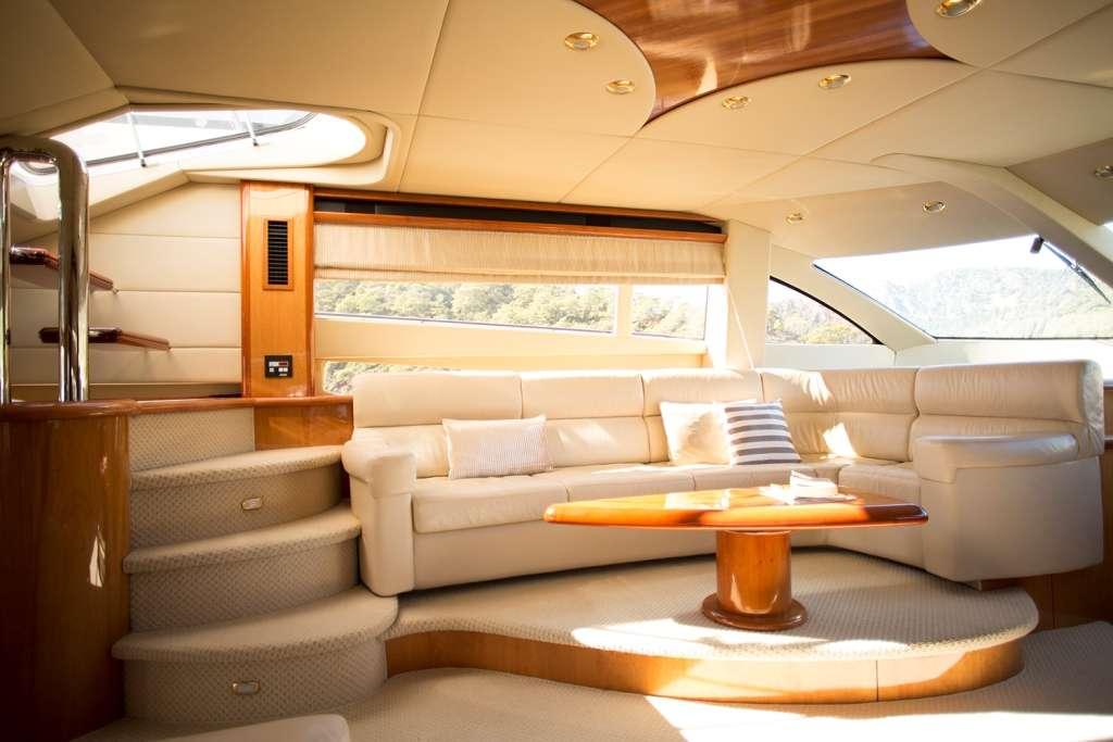 motor yacht VICTUS