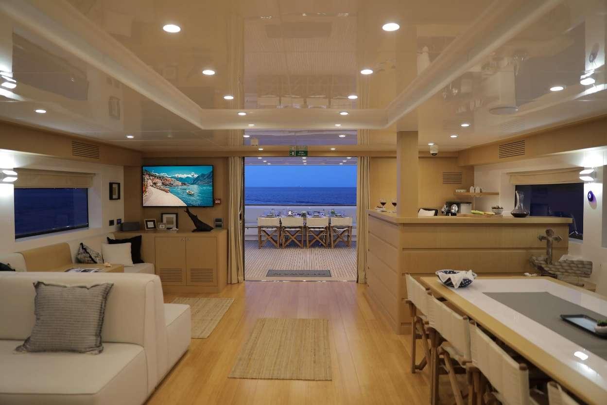 motor yacht OTTAWA