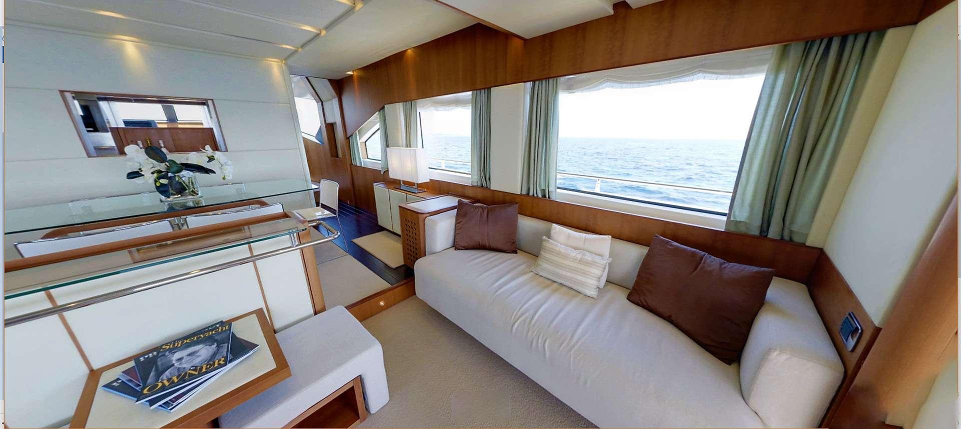 motor yacht QUESTA e VITA