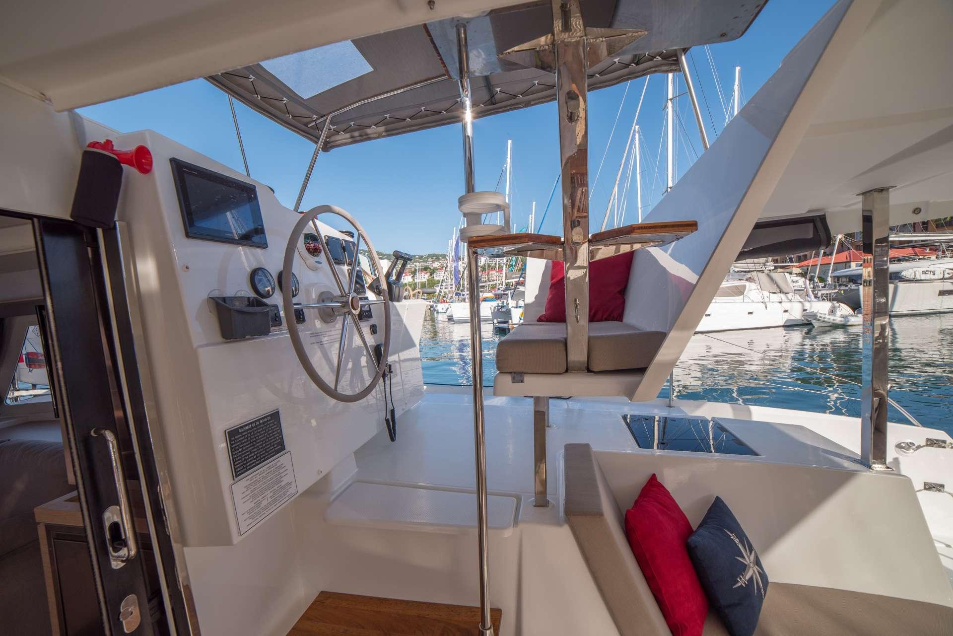 Catamaran 3 Sisters