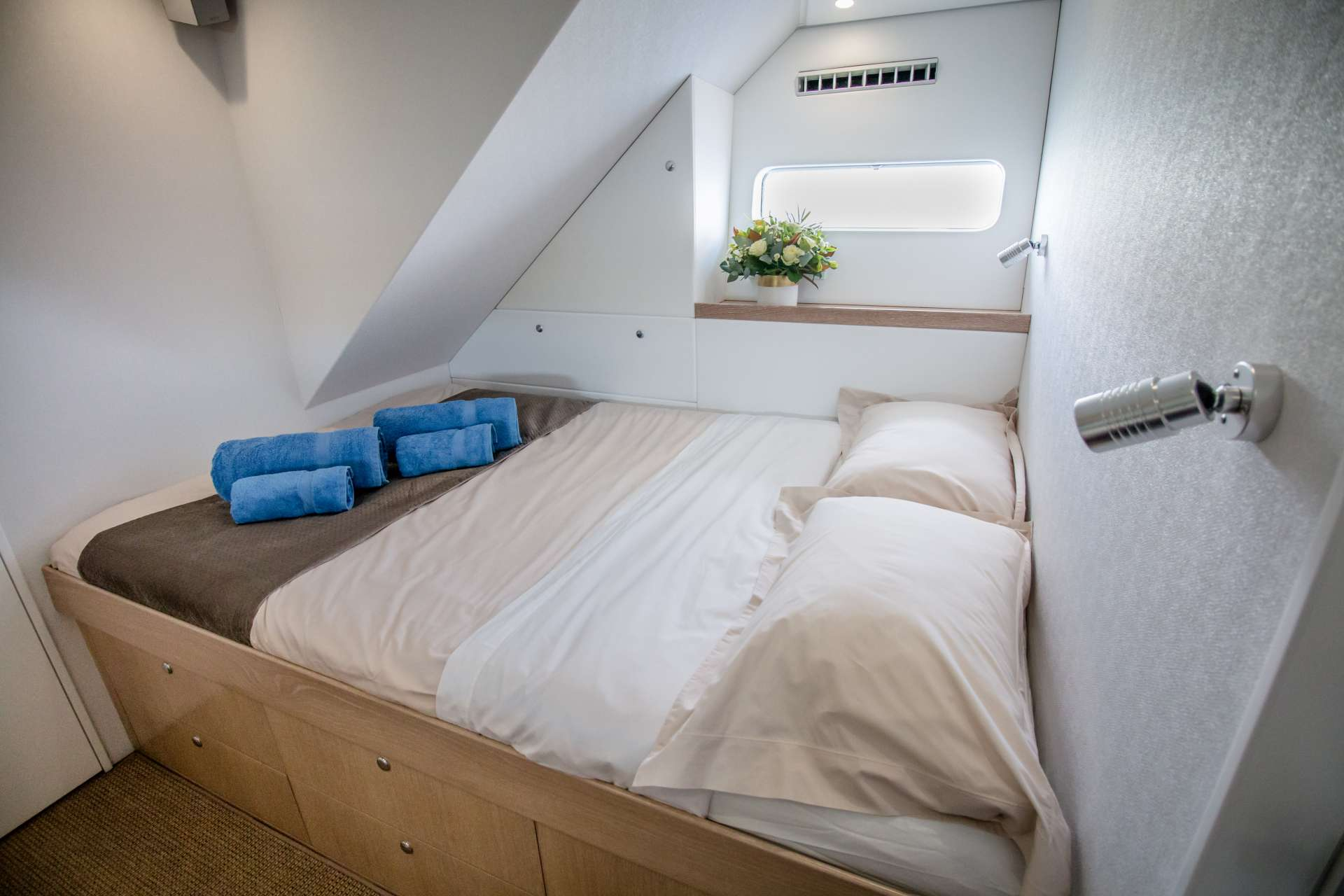 Guest cabins are ensuite with separate glass-enclosed showers