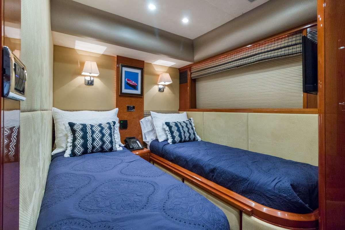motor yacht RHOBOAT