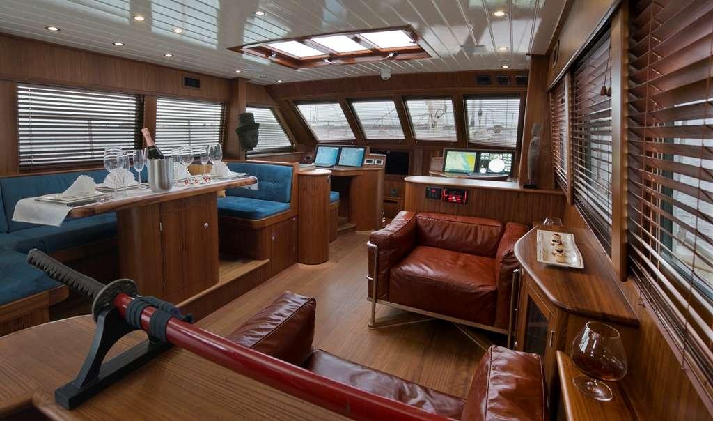 DOMICIL yacht image # 11