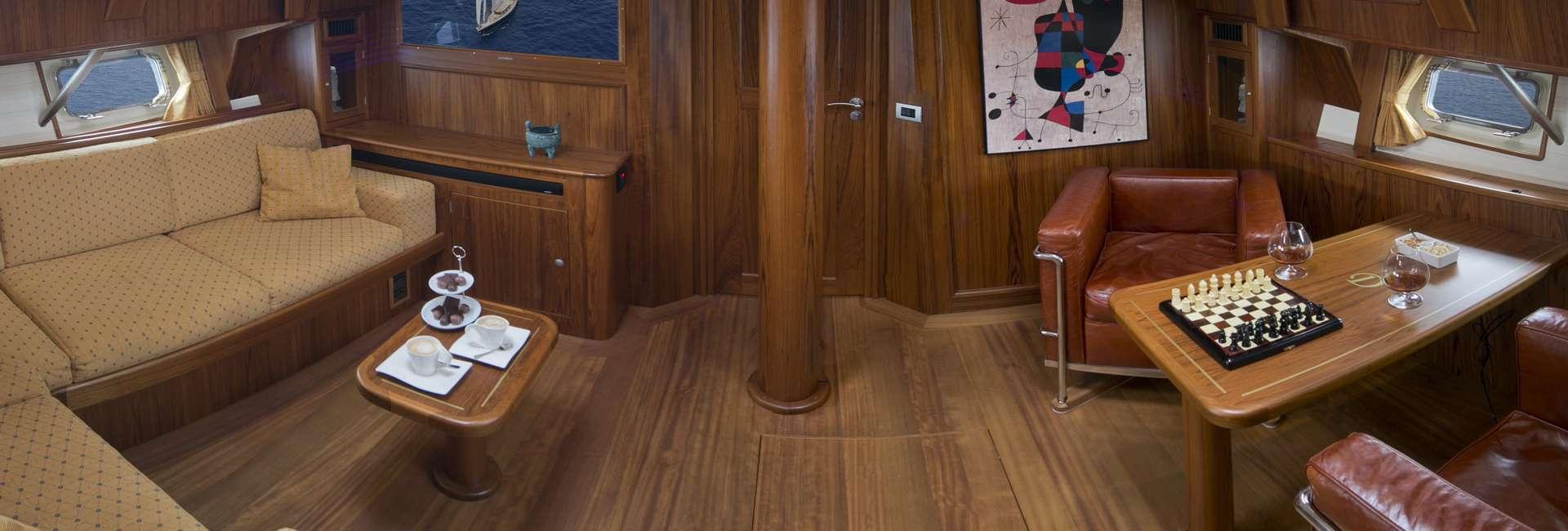 DOMICIL yacht image # 8