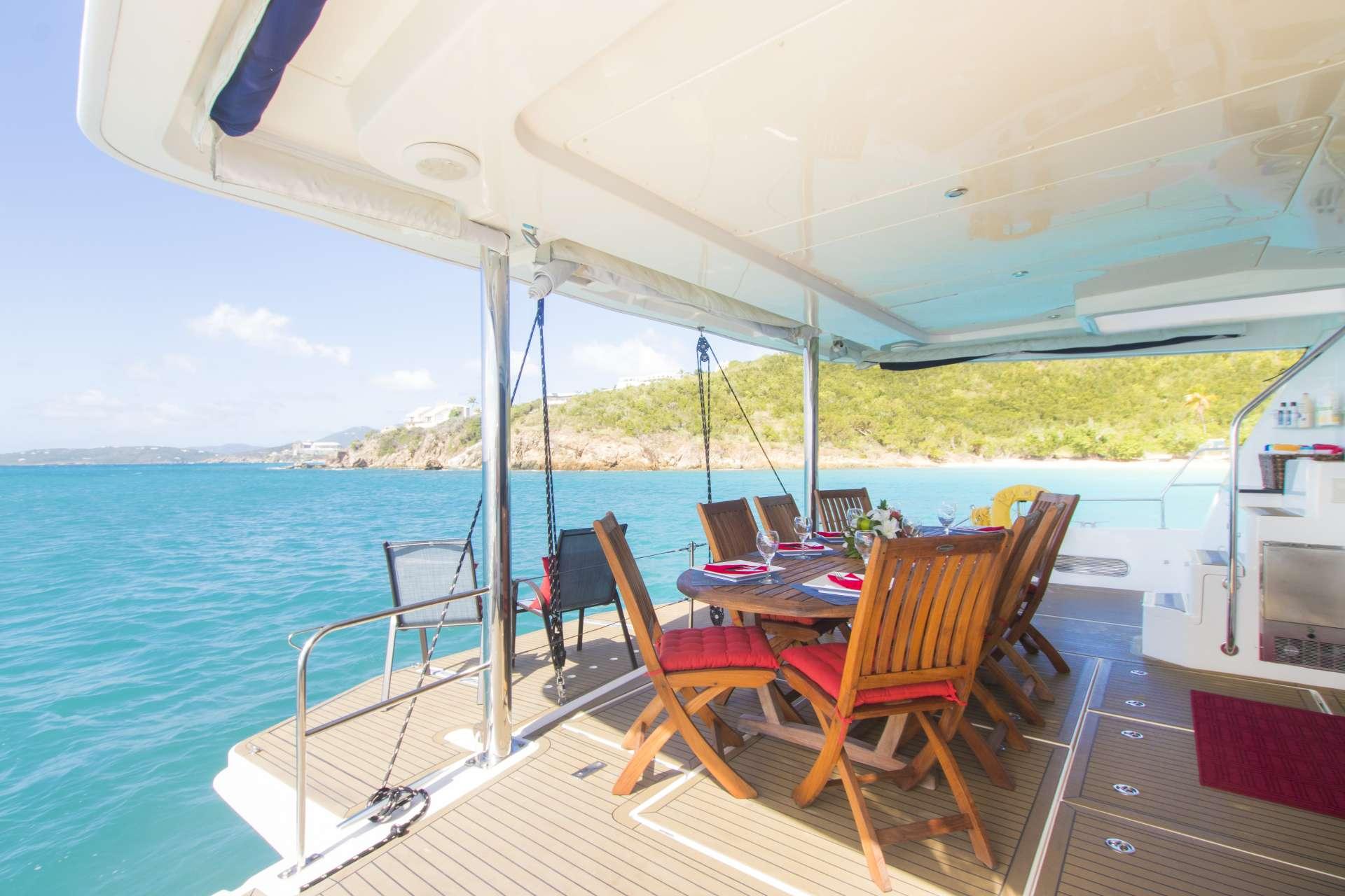 Catamaran Charter Sea Esta