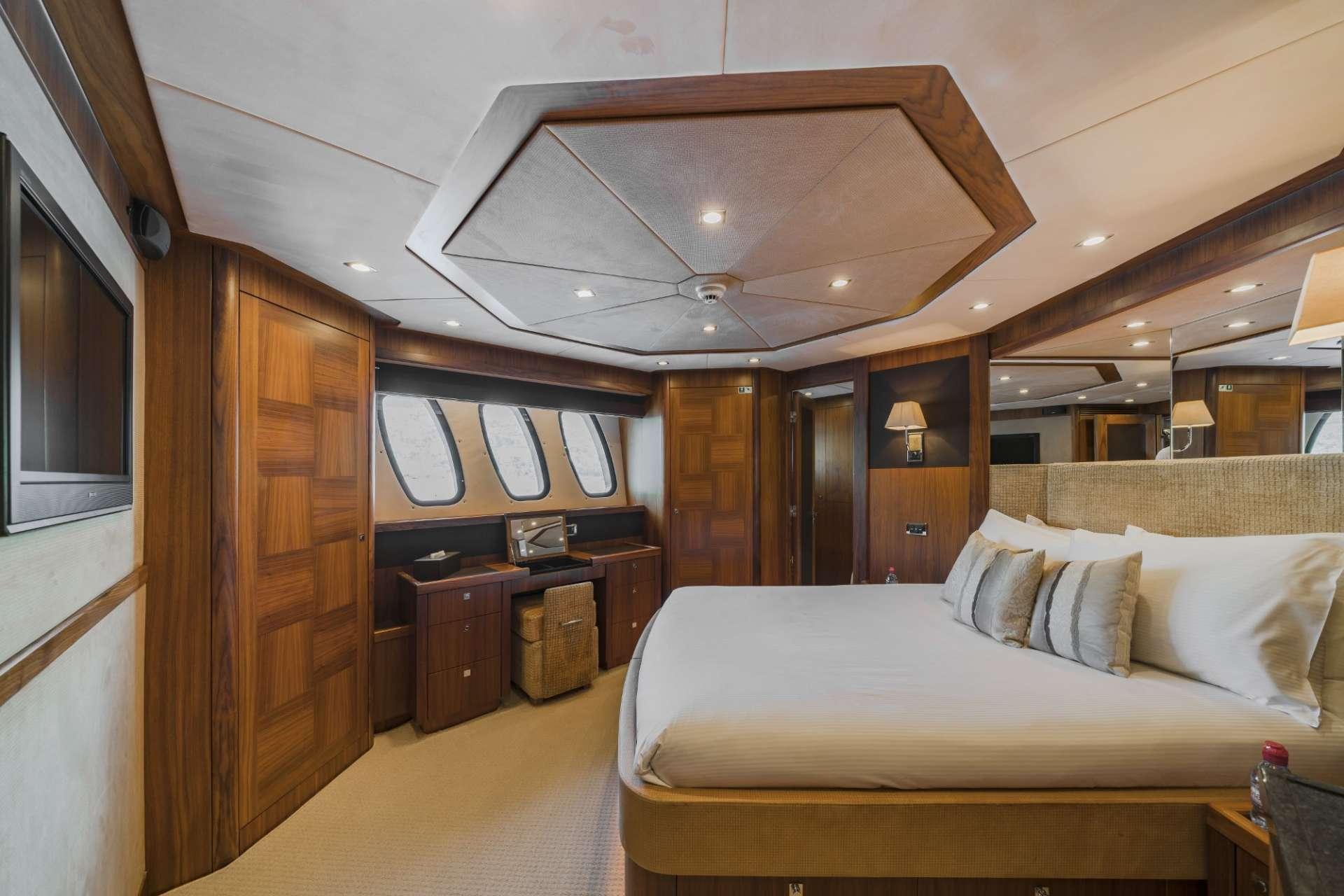 Guest Convertible Cabin