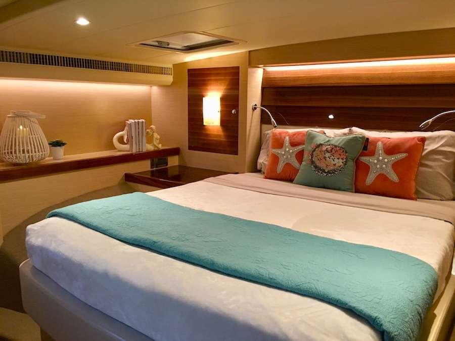 VIP queen suite