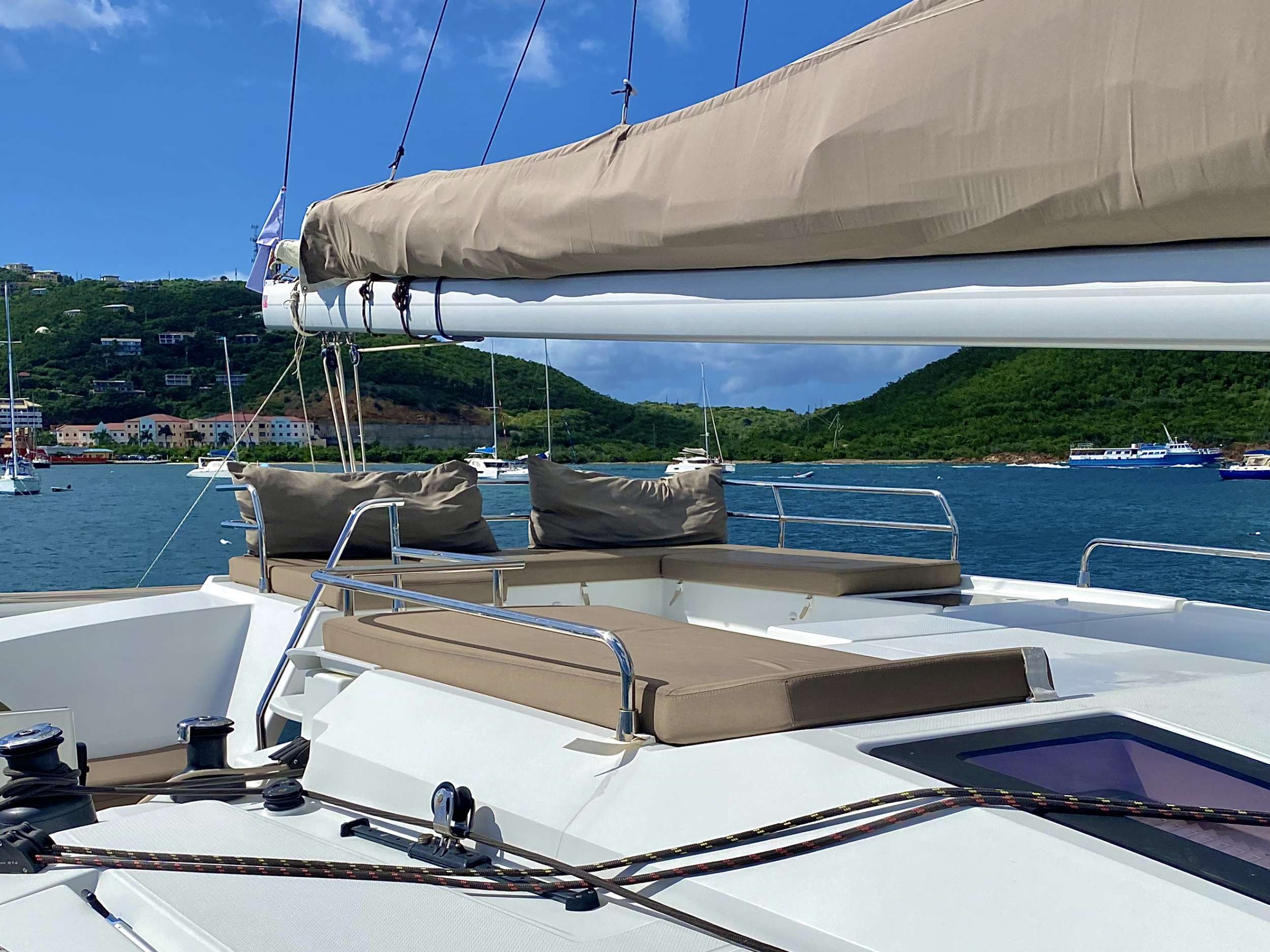 Catamaran Charter Winter