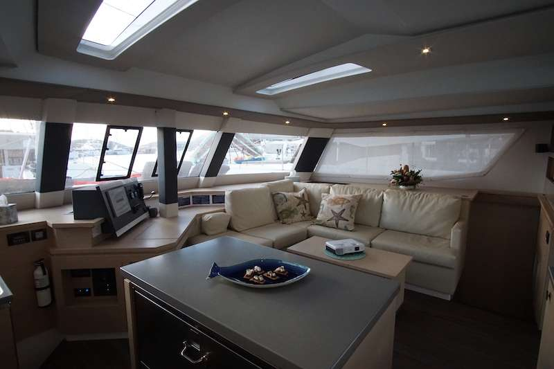 Yacht charter Winter