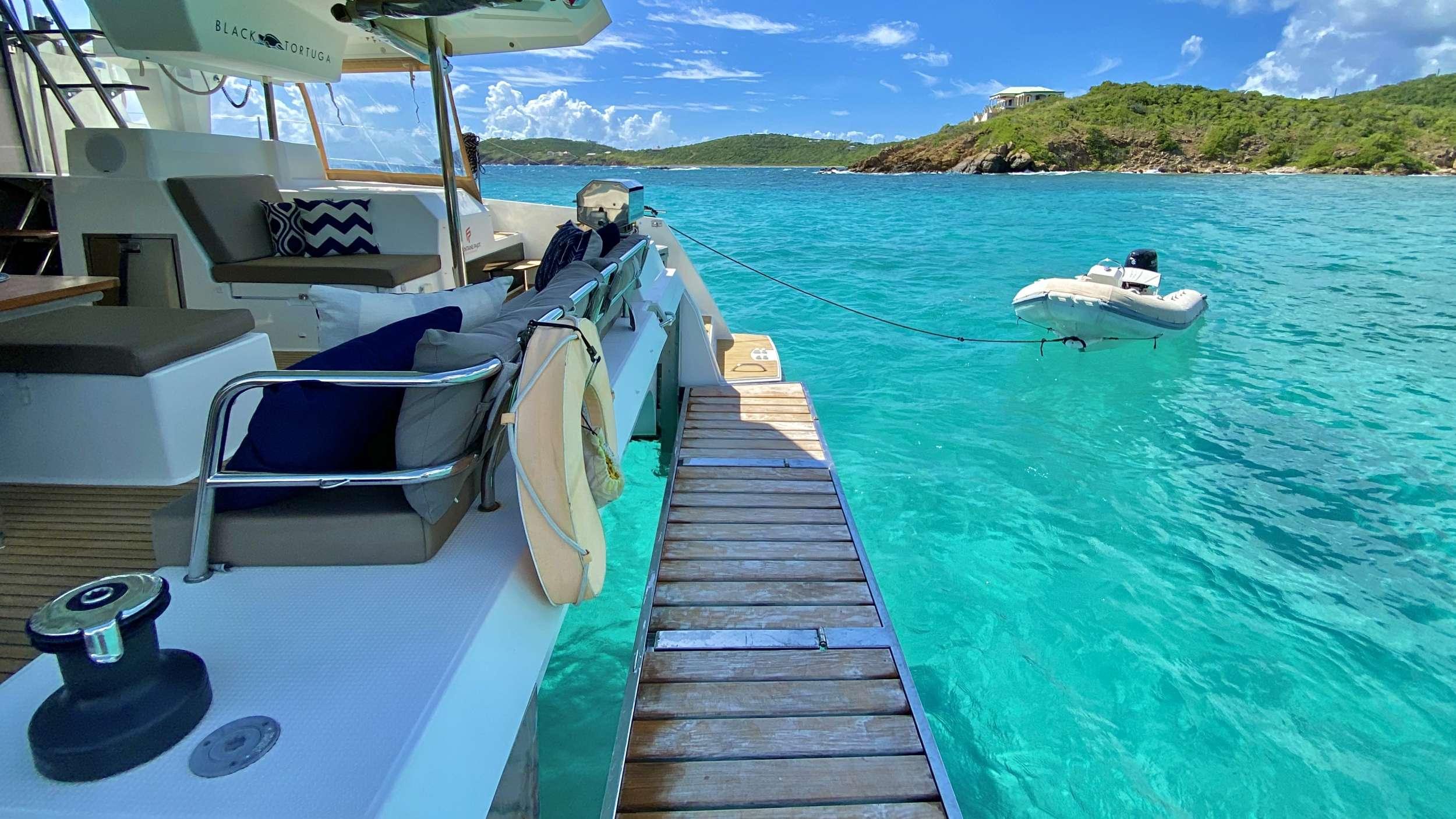 Catamaran Charter Black Tortuga