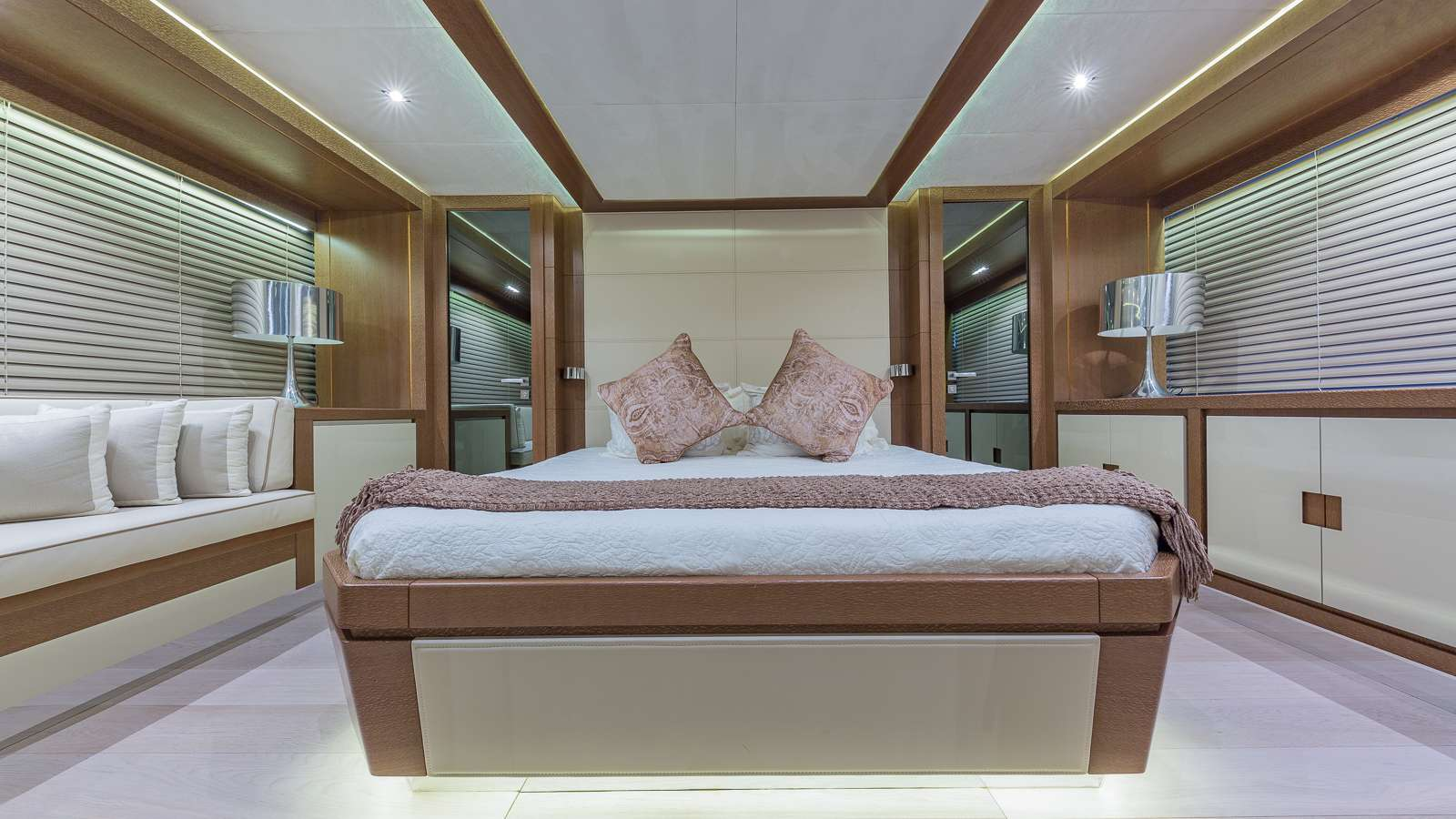 motor yacht GOLDEN 3
