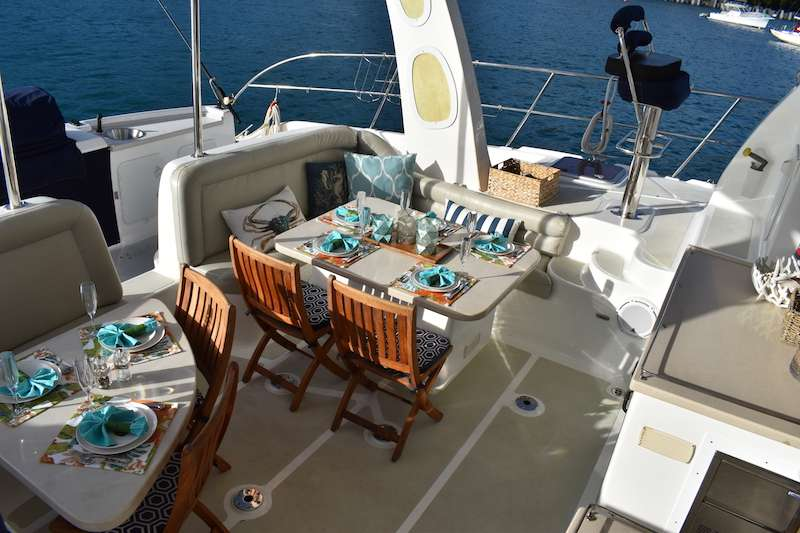 Catamaran Ultima Life