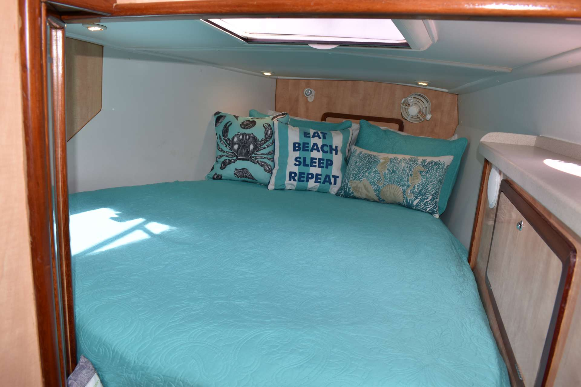Ultima Life Yacht Vacation