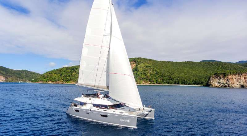 Catamaran Charter Araok