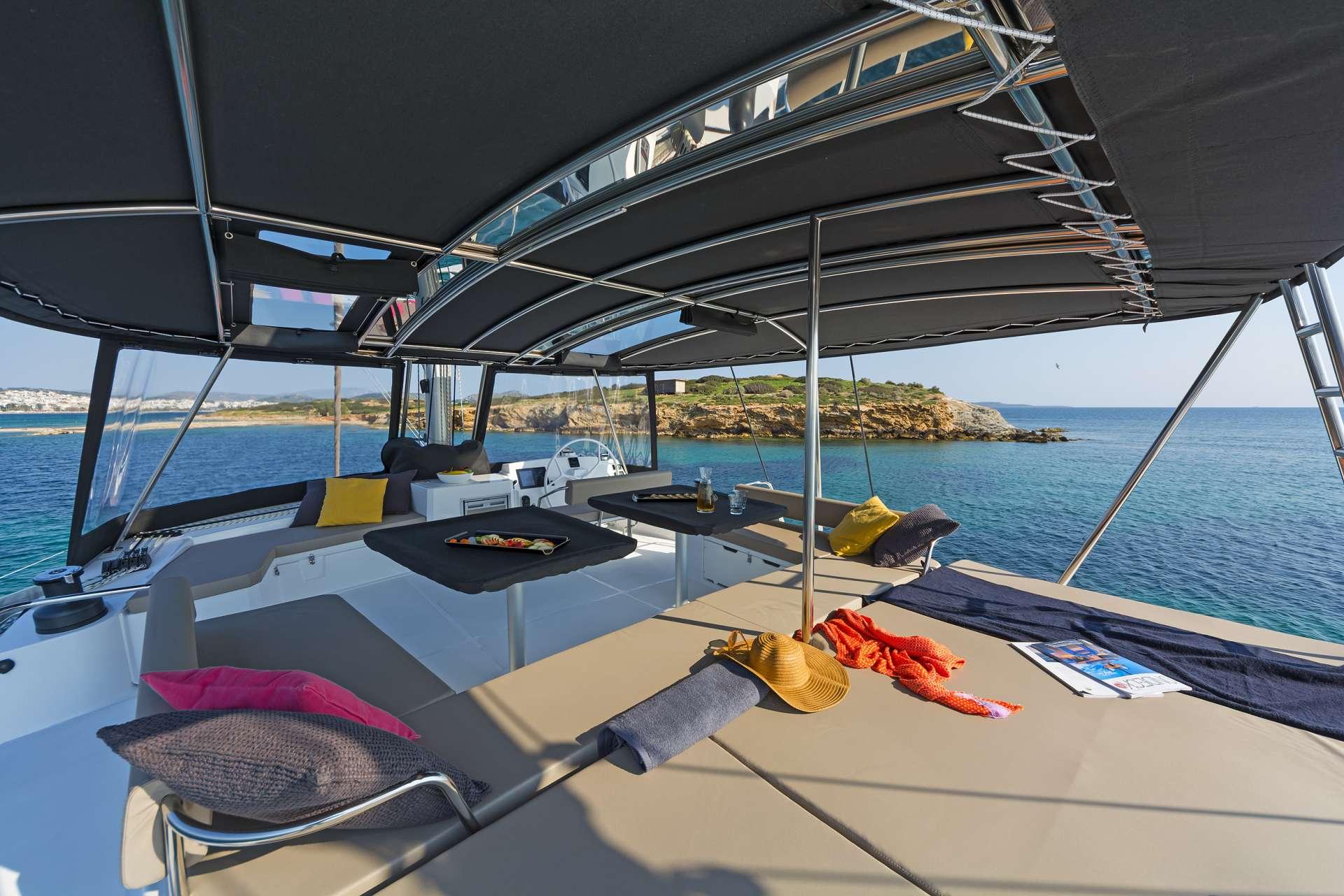 Catamaran Charter Babalu