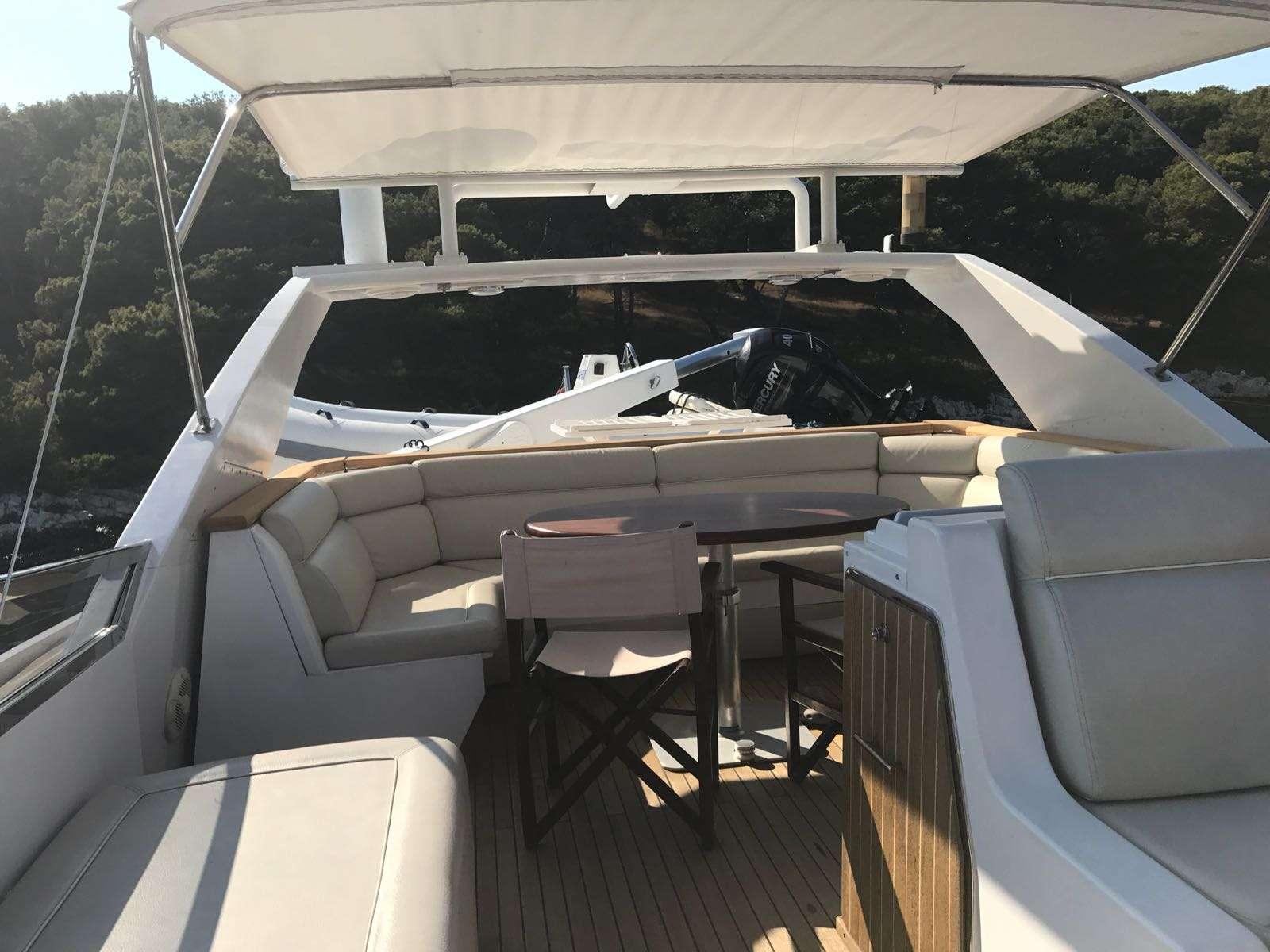 motor yacht DAHIR II