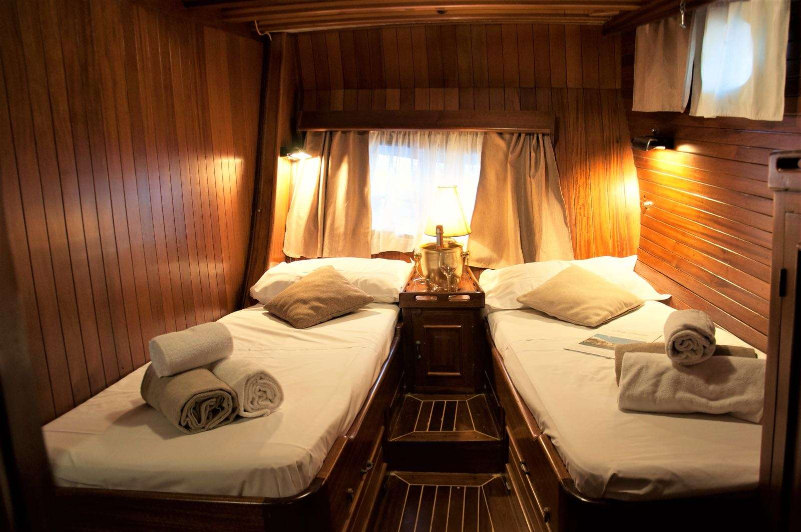 aft twin cabin